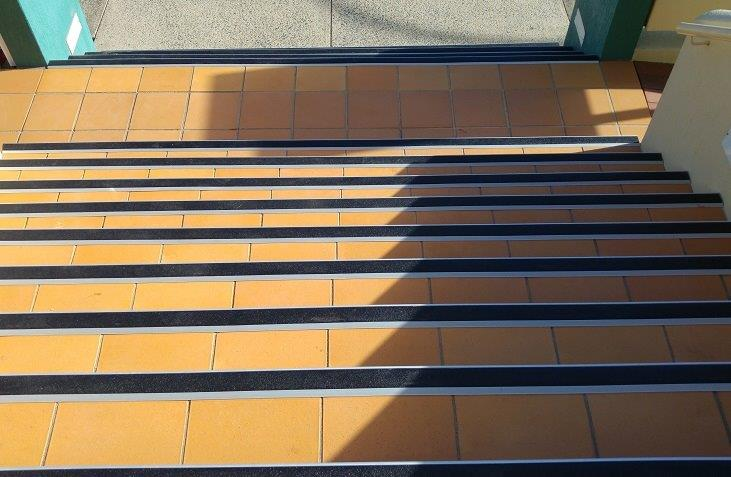 anti slip service for stairs